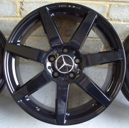 Mercedes OEM - AMG 7 Spoke (Gloss Black)