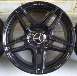 Mercedes OEM - AMG IV 1 (Gloss Black)