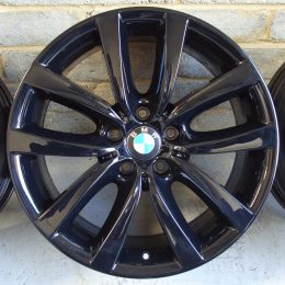 BMW OEM - 331 (Gloss Black)