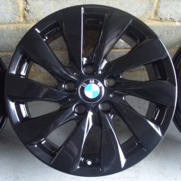 BMW OEM - 381 (Gloss Black)