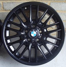 BMW OEM - 72M MV1 (Gloss Black)