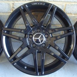 Mercedes OEM - AMG 7 Twin Spoke (Gloss Black)