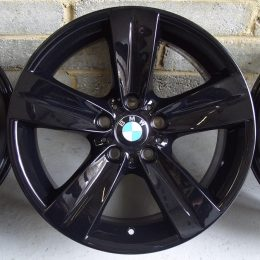 BMW OEM - 189 (Gloss Black)